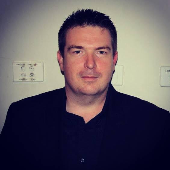 Simon Jankowski- Photog Bio